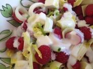 Salat mit Erdbeeeren